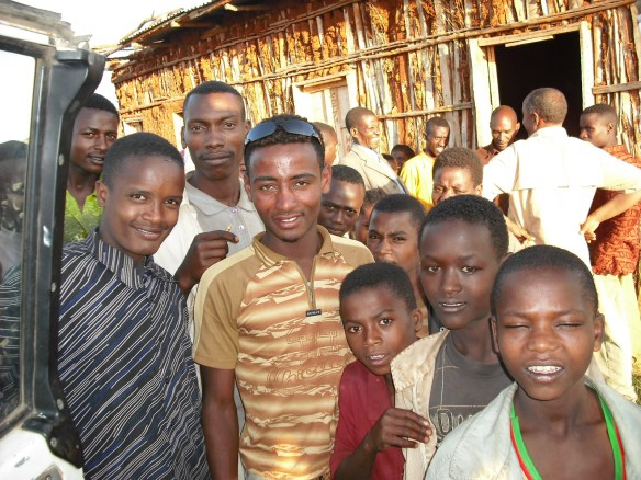 Here are some Guji's we met.  They need Jesus too.
